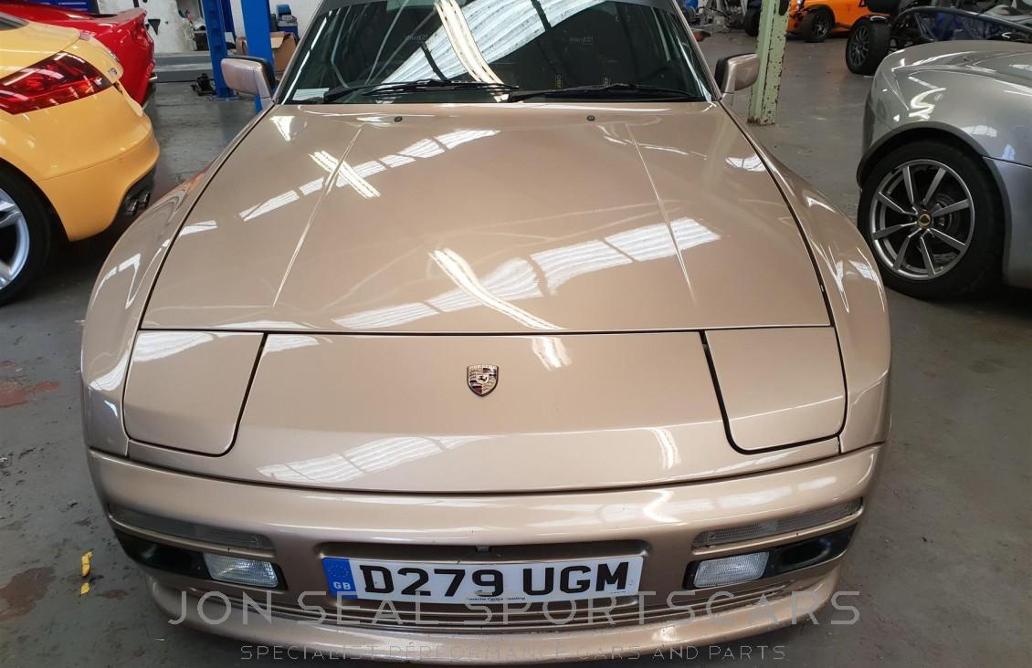 Jon Seal Sportscars  U00bb Porsche 944 1986